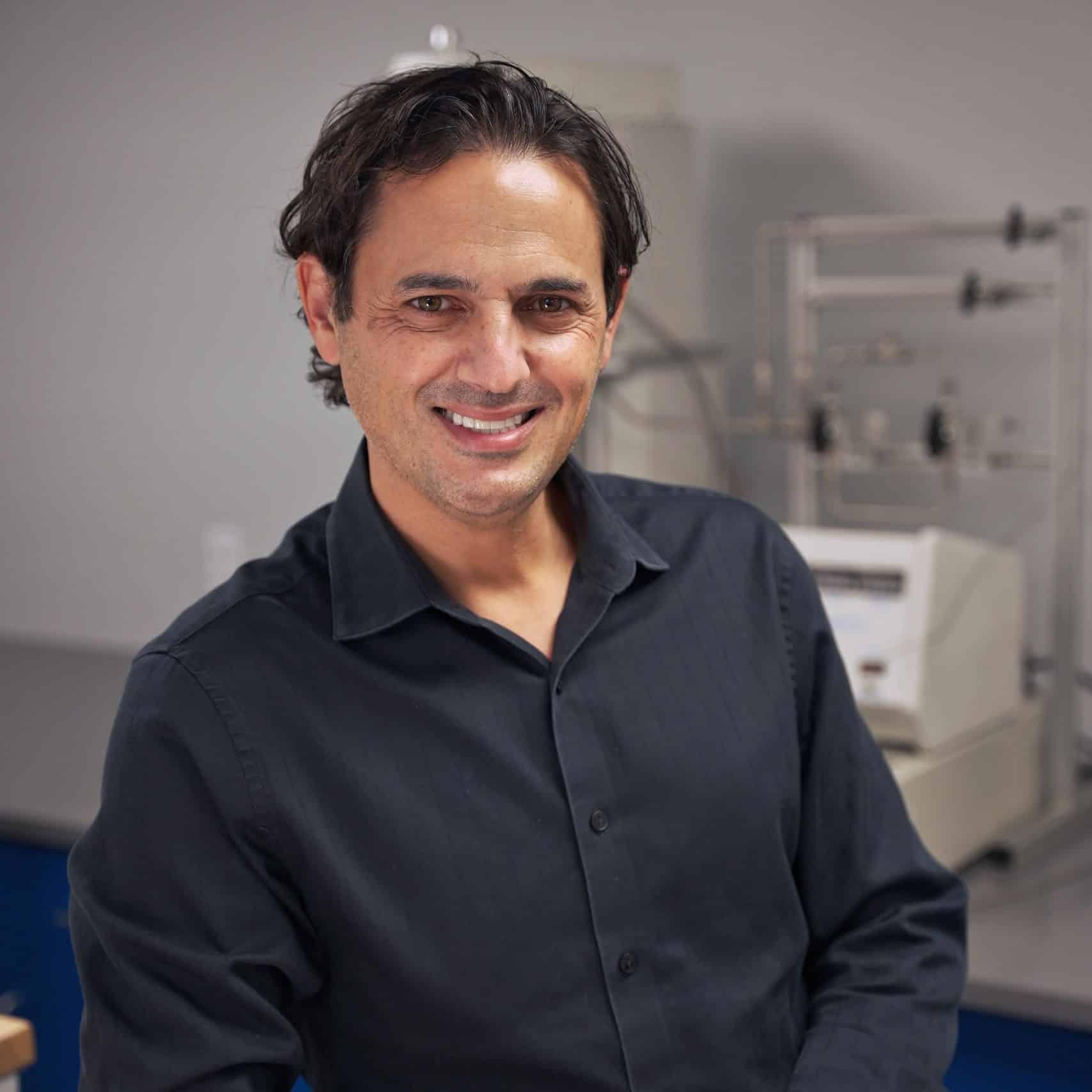 Dr. Denis Phares